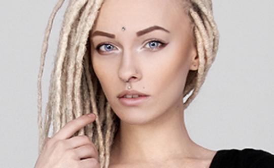 Александра Бринк